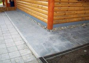 В чем особенность бетонной отмостки