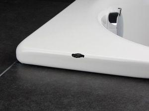 Способы ремонта акриловых ванн