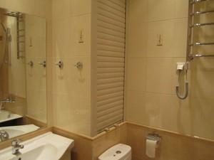 Описание возможных способов закрытия труб в туалете своими руками