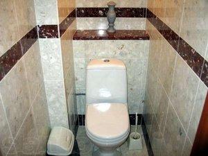 Описание способа обшивки труб в туалете керамической плиткой