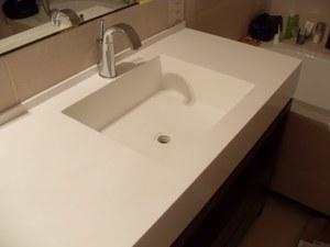 Столешница в ванну материал стол из камня на кухню Бауманская