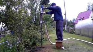 Гидробурение производится разными методами, может использоваться специальная дрель.