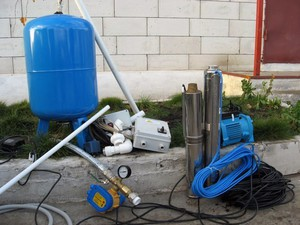 Описание процесса монтажа водопровода в частном доме своими руками
